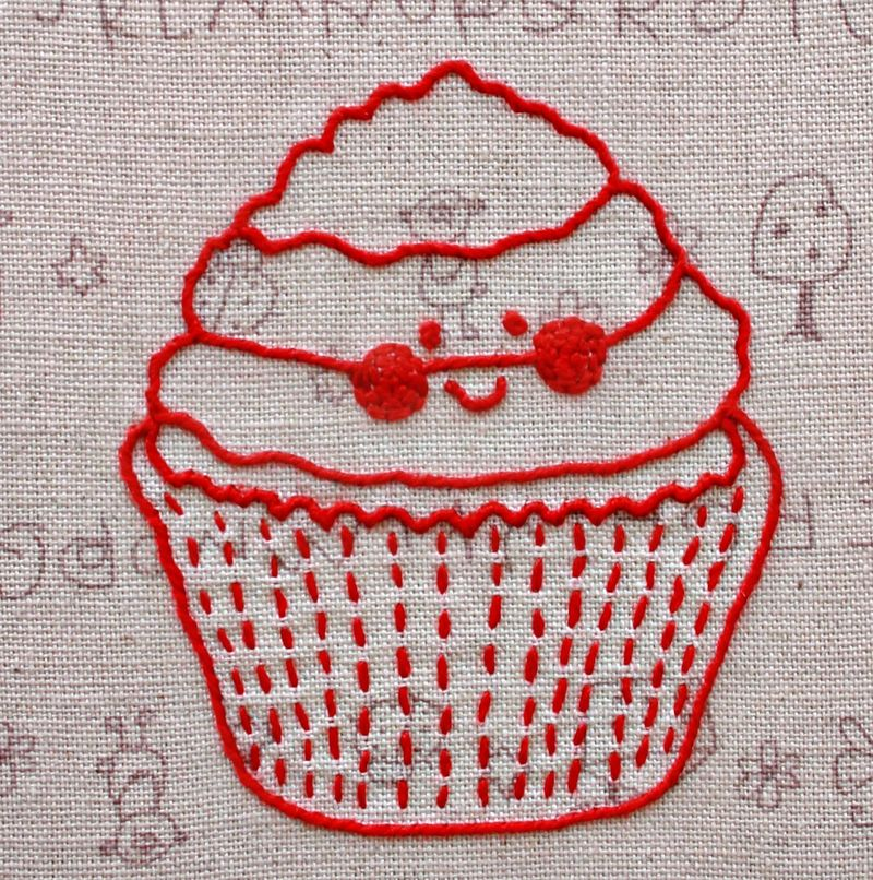 Redwork cupcake 1