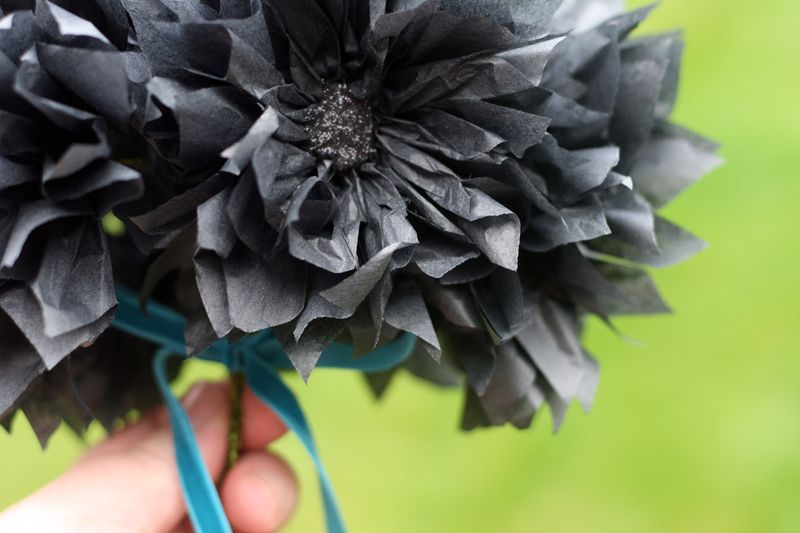 TT holding bouquet